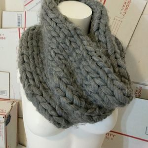 FREE! Oversized Stich Grey knit infinity Scarf